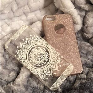 Accessories - Bundle of 2 iPhone 5 SE cases 🌸